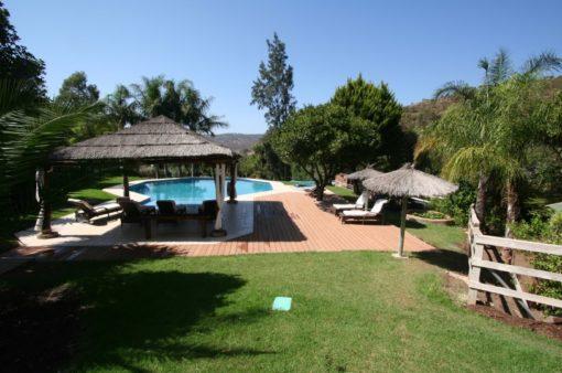 1 garden poolview